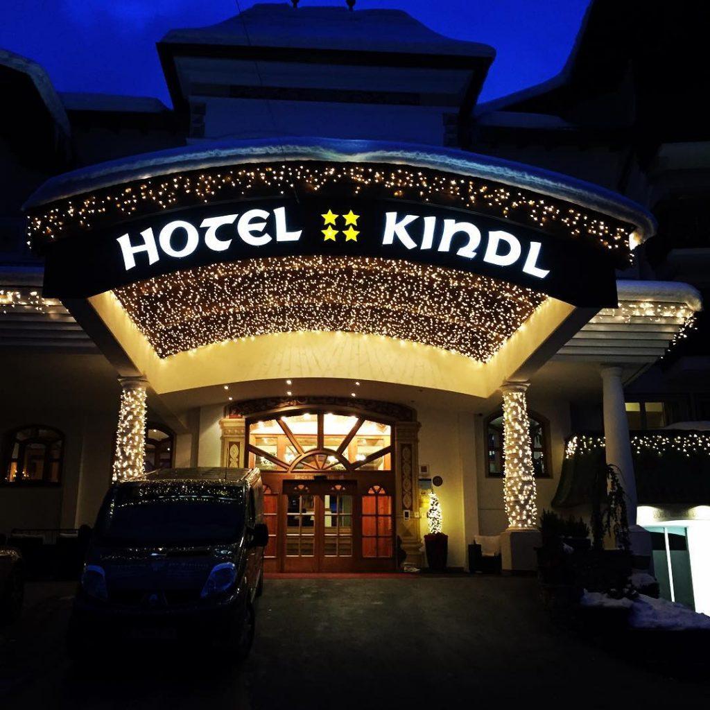 Hotel Kindl Eingangsbereich Beleuchtung von Starline