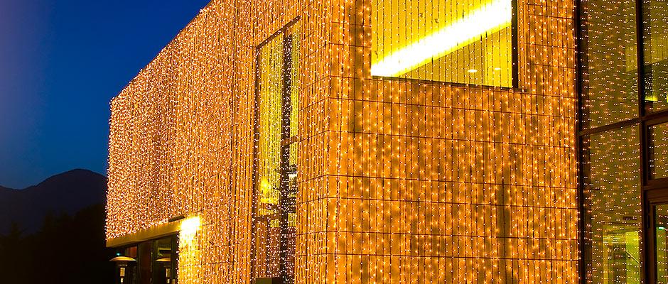 Therme Meran Gebäudebeleuchtung2